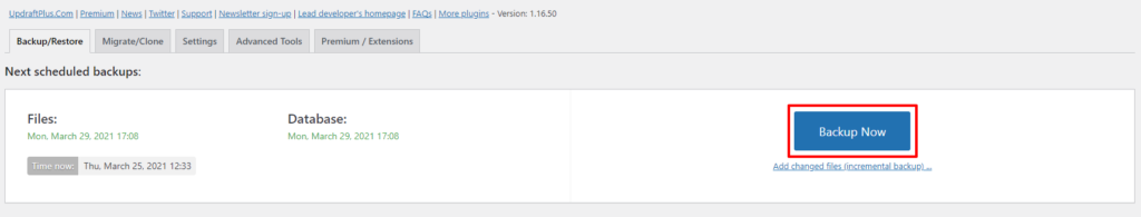 Screenshot showing how to make a backup of a WordPress website using UpdraftPlus.